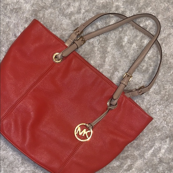 Michael Kors Handbags - Michael Kors purse